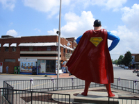 Supermanstatue1_1
